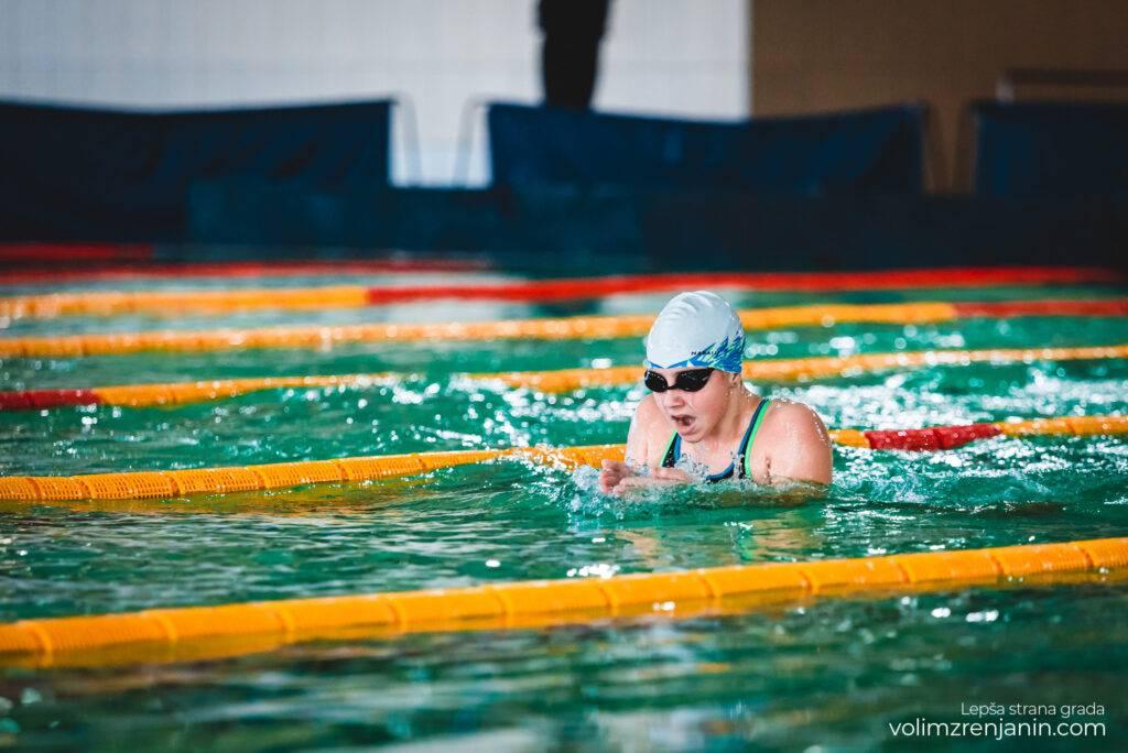 plivanje zrenjanin 077