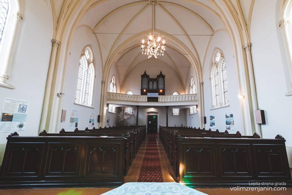 reformatska crkva zrenjanin 054