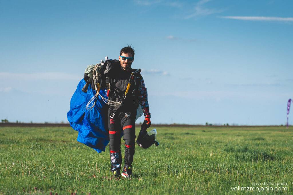 padobranci aerodrom ecka zrenjanin 092