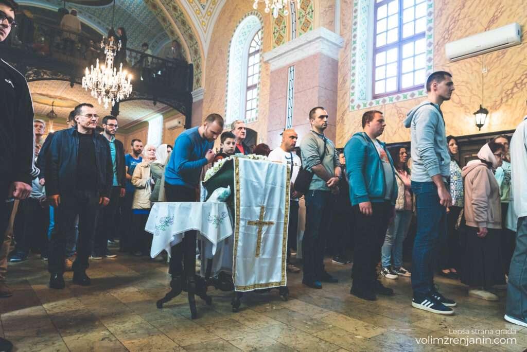 uskrs liturgija zrenjanin 042