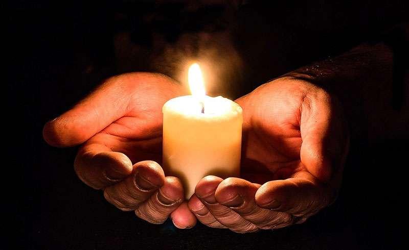 ruke i sveca2